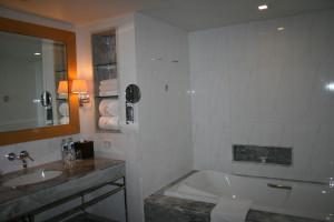 Lebua State Hotel, badrum