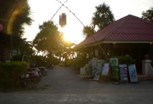 Nice beach resort, Koh Lanta, reception